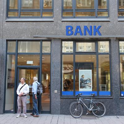 BKM Marketing Blog_Overcommunicating in a crisis_for banks